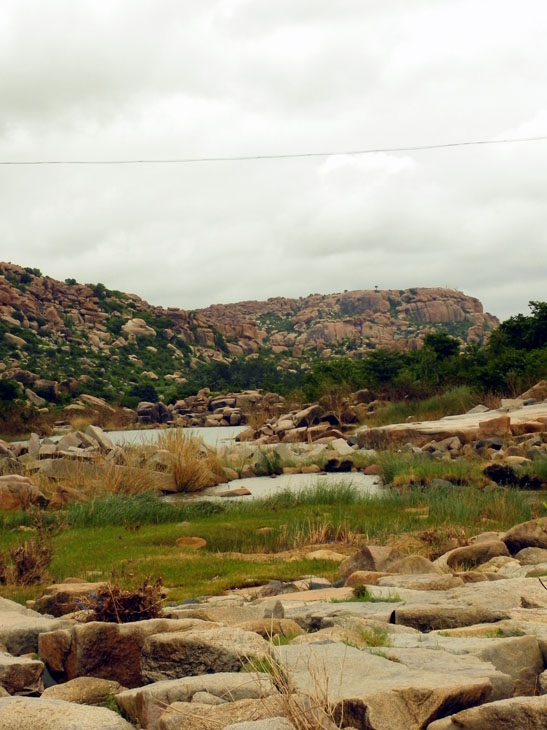 Hampi_OtherSide_FloodedPath
