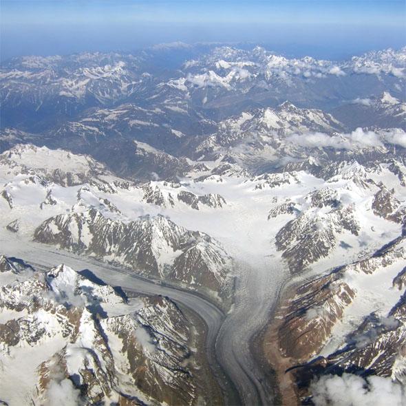 Leh - Glacier from plane