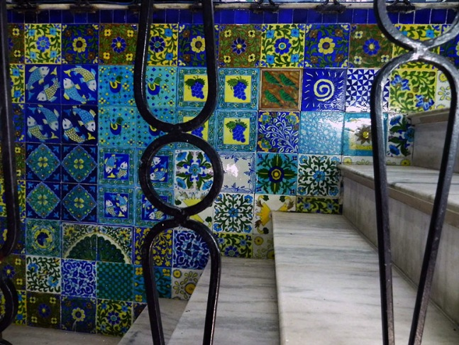 Jaipur - Blue pottery tiles