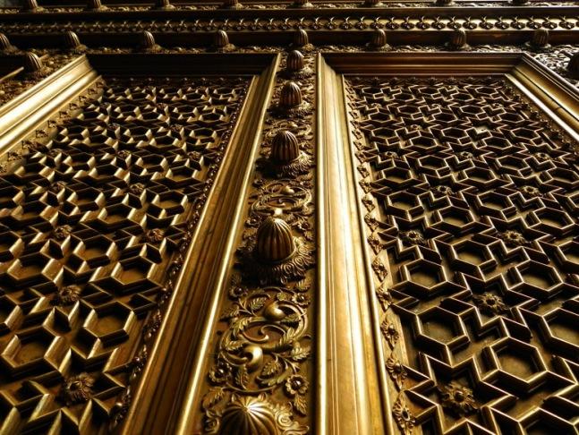 Jaipur - City Palace - Brass gate