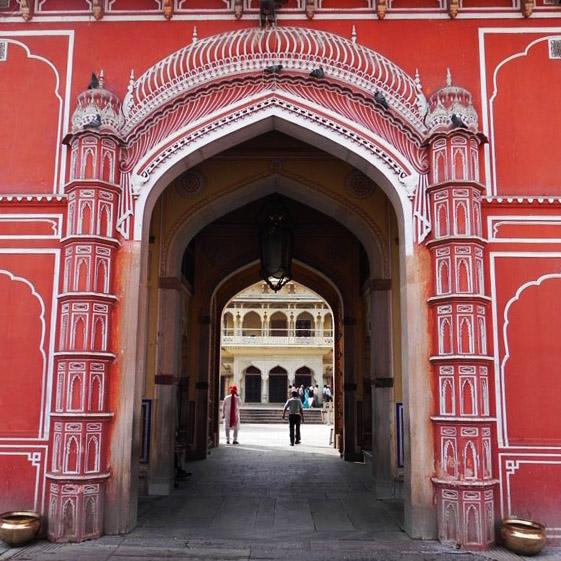 Jaipur - City Palace - Gateway arch
