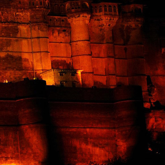 Jodhpur - Mehrangarh entrance at night