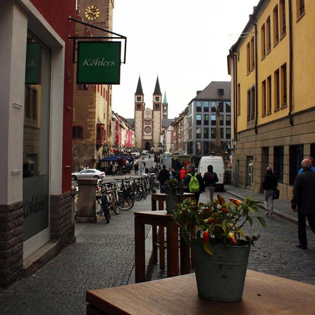 Wuerzburg - Street cafe