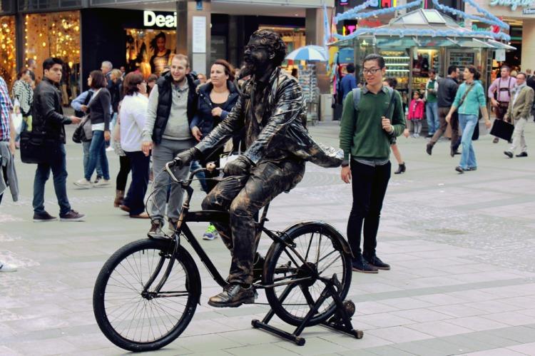 Munich - Cycle statue man