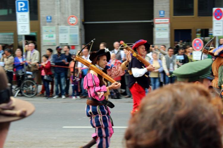 Munich - Parade crossbowmen