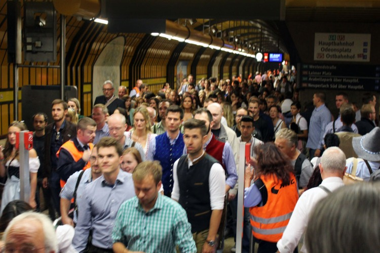 Munich - Subway crowds