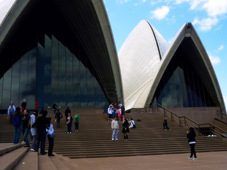 Sydney - Opera House steps