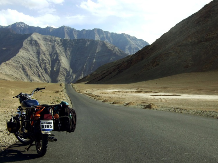 Ladakh - Road and bike