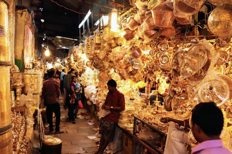 Madurai - Pudumandapa brass shops