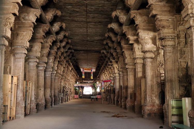 Madurai - Pudumandapa pillars