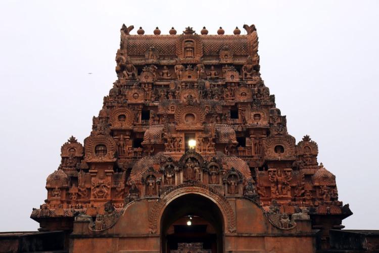 Thanjavur - First view of outer gopuram