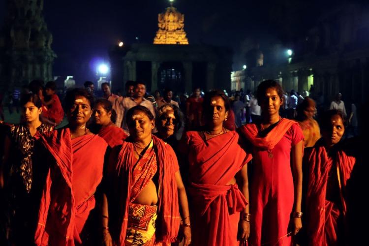 Thanjavur - Ladies in red